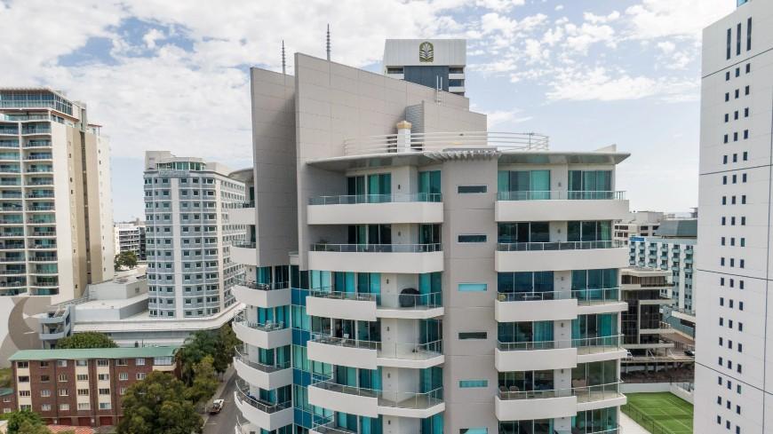 Hemisphere Apartments