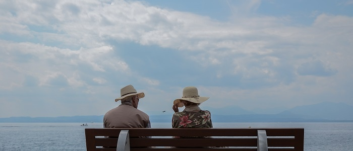 Senior citizens enjoy luxury retirement estates